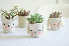 Mesmerizing Crochet an Amigurumi Rabbit Ideas. Lovely Crochet an Amigurumi Rabbit Ideas. Crochet Diy, Crochet Kawaii, Diy Kawaii, Crochet Home, Love Crochet, Kawaii Shop, Crochet Mignon, Diy Planters, Succulent Planters