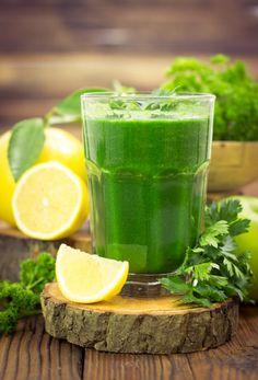 Rum and lemonade, green juice recipes, detox drinks, healthy drinks, health Diet Drinks, Diet Snacks, Healthy Foods To Eat, Healthy Recipes, Healthy Drinks, Diet Soup Recipes, Smoothie Recipes, Vitamix Recipes, Canning Recipes