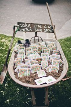 Love this idea for a favor table!