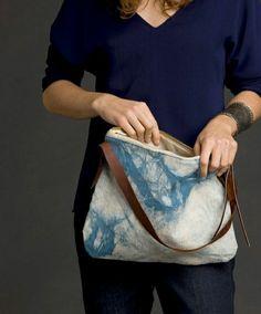 sac de plage élégant de couleur blanc-bleu