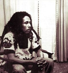 """""""The music me play, me want it to be something someone can really concentrate… Family First, First Love, Bob Marley Legend, Bob Marley Pictures, Marley Family, Jah Rastafari, Robert Nesta, Nesta Marley, Bob Marley Quotes"""