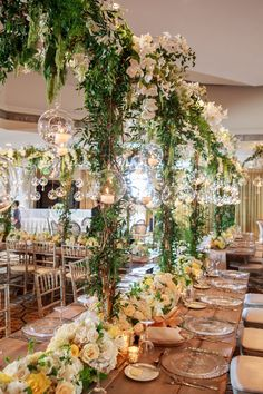 Enchanting table décor for a rustic wedding at The Arizona Biltmore.