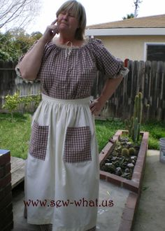 Pioneer Clothing--I like the pockets on the apron that match the dress