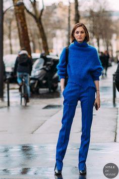 Laura Love - Paris FW 2018 Street Style: Laura Love – look monocromático em azul - High Street Fashion, Street Chic, Blue Fashion, Look Fashion, New Fashion, Fashion Outfits, Fashion Women, Cheap Fashion, Stylish Outfits