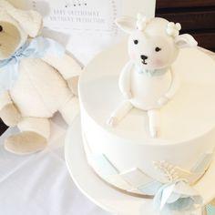 Adorable Lamb Cake