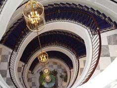 5 Star Hotels, Best Hotels, Excelsior Hotel, Hotel Hallway, Gran Hotel, Stair Steps, Luxury Shop, Dom, Stairways