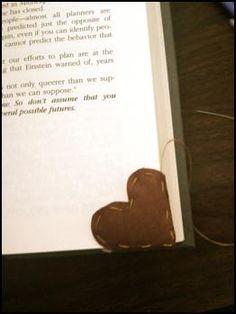 page corner bookmark - what a cute idea!