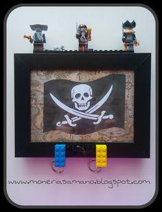 """Monerías a mano. Cuelga llaveros Lego """"Piratas del Caribe"""""""