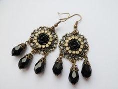 Boucles Victoriennes cristal noir - boucle d oreille percée - Koukla et cie - Fait Maison