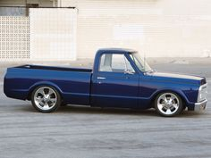Classic 67 72 Chevy Pickup   0911clt_04_z+1972_chevy_c10_pickup_truck+aftermarket_rims.jpg