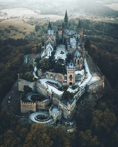 Palaces, Oh The Places You'll Go, Places Around The World, Places To Travel, Travel Destinations, Places To Visit, Places In Europe, Vampire Castle, Chateaus