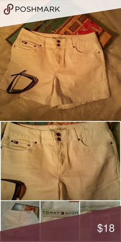 Tommy Hilfiger shorts Vintage Tommy white thick Jean shorts zipper up the front with  2 bottoms. Leather Tommy patch on the back Tommy Hilfiger Shorts Jean Shorts