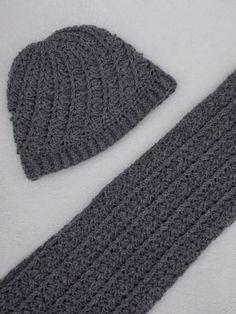 Sjaal en muts (gratis patroon + link) / scarf and hat (free pattern + link) Hand Knit Blanket, Knitted Blankets, Baby Blanket Crochet, Crochet Baby, Free Crochet, Knitted Hats, Knit Crochet, Crochet Mens Scarf, Crochet Scarves