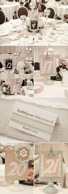 Tolle Tischdeko zur Vintage Hochzeit. Fotos: © JDHowell Photography