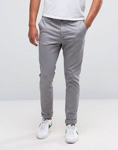 Discover the range of men's chinos and men's pants with ASOS. Shop from hundreds of different styles from skinny chinos to sweatpants. Shop now at ASOS. Grey Chinos Men, Chinos Men Outfit, Gray Jeans, Vans Outfit, Grey Pants, Trendy Mens Fashion, Look Fashion, Fashion Edgy, Latex Fashion