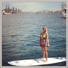 STAND UP PADDLE BOARDING IN SYDNEY HARBOUR