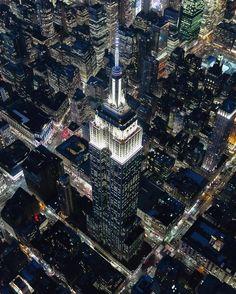 Empire State Building by @misshattan #newyorkcityfeelings #nyc #newyork