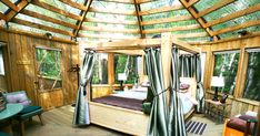 This Forest Resort In Ontario Lets You Sleep Under The Stars In A Glass Roof Cabin - Narcity Romantic Camping, Romantic Getaways, Romantic Escapes, Romantic Travel, Forest Resort, Ontario Travel, Cabin In The Woods, Evergreen Forest, Sleeping Under The Stars