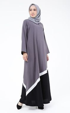 Abaya Fashion, Skirt Fashion, Fashion Outfits, Casual Hijab Outfit, Hijab Chic, Girls Dresses Sewing, Hijab Evening Dress, Moslem Fashion, Kebaya Dress
