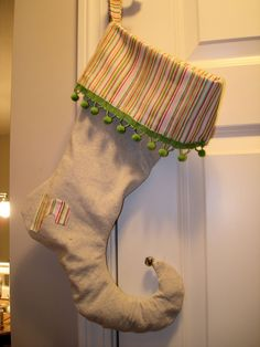 Make Drop Cloth Elf Stockings!! I might be able to do this for the pups!!!