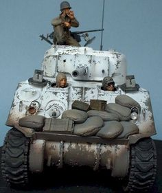 Good reference of winter camouflaging and weathering