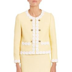 Boutique Moschino Floral Embroidered Three-Button Jacket (5,295 SAR) ❤ liked on Polyvore featuring outerwear, jackets, apparel & accessories, yellow, tweed jacket, yellow jacket, beige jacket, 3 button jacket and three button jacket