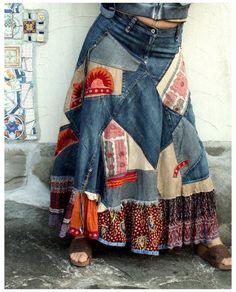 Sewing Clothes, Diy Clothes, Bohemian Mode, Hippie Boho, Hippie Jeans, Diy Vetement, Mode Jeans, Denim Ideas, Refashioning