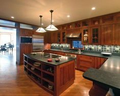 More Ideas Below: #KitchenRemodel #KitchenIdeas Modern Traditional Kitchen  Design Ideas Small Traditional Kitchen