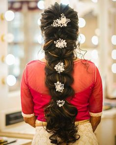 120 bridal hairstyles for your wedding and related ceremonies! - My list of woman hairstyles - 120 bridal hairstyles for your wedding and related ceremonies! 120 bridal hairstyles for your wedding and related ceremonies! South Indian Hairstyle, South Indian Wedding Hairstyles, Bridal Hairstyle Indian Wedding, Bridal Hair Buns, Bridal Braids, Bridal Hairdo, Hairdo Wedding, Long Hair Wedding Styles, Wedding Hairstyles For Long Hair