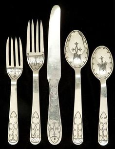 Custom Southwest Sterling Silver Flatware pieces, service for twelve, including: knives in. on Mar 2013 Rustic Western Decor, Rustic Charm, Southwest Decor, Southwestern Decorating, Southwest Style, Hacienda Homes, Dining Ware, Santa Fe Style, Native American Beauty