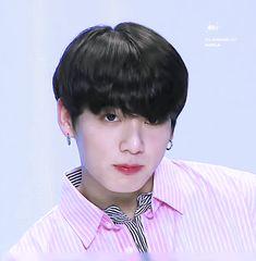 Jungkook Cute, Jimin Jungkook, Bts Bangtan Boy, Taehyung, Jikook, Bts Aegyo, Rapper, Jeon Jeongguk, Bts Video