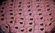 Růžové linecké pečivo z pudinkového prášku: Nikdy v životě jsem nejedla tak chutné a voňavé linecké, jiné už nepeču! - ifunny.eu