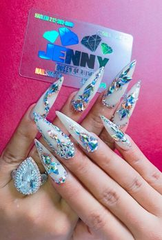 45 Inspirational Stiletto Nails With Rhinestone. Stiletto nails are also known as talon or claw nails. These ultra-pointy nails are cool and sexy. Ongles Bling Bling, Rhinestone Nails, Bling Nails, Glitter Nails, Swarovski Nails, Purple Stiletto Nails, Glam Nails, Beauty Nails, Cute Nails