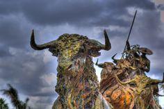 """""""El Encierro"""" sculpture"""