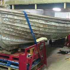 It's been lying in an English hedgerow for years – but the Belfast man who has restored this vessel believes it could be a long-lost White Star Line lifeboat. Only two vessels built in Belfast by Titanic owners White Star Line still remain – Titanic tender SS Nomadic and one of her lifeboats. White Star lifeboat rescued from hedge - BelfastTelegraph.co.uk