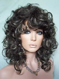 N-Kitten Drag Queen Wig, Brown with Blonde highlights