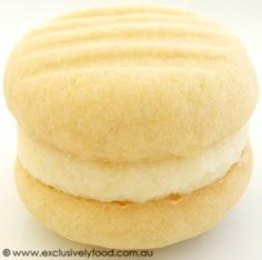 These rich, fine-textured, buttery biscuits have a sweet, lemony filling. Makes 20 filled biscuits. Cookie Desserts, Cookie Recipes, Dessert Recipes, Biscuit Cookies, Biscuit Recipe, Cake Cookies, Melting Moments Cookies, Buttery Biscuits, Perfect Food