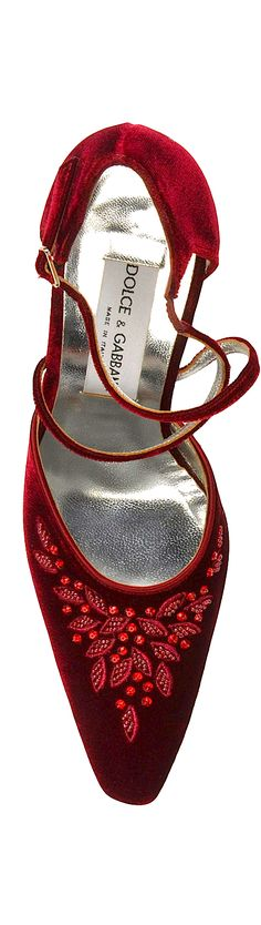 Dolce & Gabbana red velvet shoe with thin crossover strap and sequin on the…