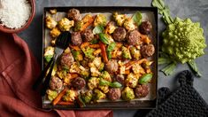 Lihapullapelti   Uuniruoat   Yhteishyvä Kung Pao Chicken, Sprouts, Pasta, Vegetables, Ethnic Recipes, Food, Vegetable Recipes, Eten, Veggie Food