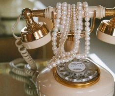 Image about pink in vintage 💐 by teiren on We Heart It - grafika vintage, pearls, and phone - 1920s Aesthetic, Classy Aesthetic, Beige Aesthetic, Applis Photo, Old Money, Princess Aesthetic, The Great Gatsby, Estilo Retro, Mode Vintage