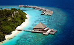 Dusit Thani Maldives blends graceful Thai hospitality with the unparalleled luxury setting of destination Maldives. Encircled by white sandy beaches, a rich house reef and turquoise lagoon, our resort on Mudhdhoo Island is just 35 minutes by seaplane from the capital Malé and 10 minutes by speedboat from the new domestic airport in Baa Atoll.