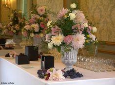 Decoration Buffet Decoration Buffet, Table Decorations, Deco Floral, Glass Vase, Alice, Bouquet, Wedding, Furniture, Home Decor