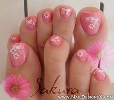 50 Pretty Toenail Art Designs | Cuded Pink Toe Nails, Pretty Toe Nails, Cute Toe Nails, Pink Toes, Flower Pedicure Designs, Toenail Art Designs, Toe Designs, Pedicure Nail Art, Toe Nail Art