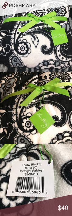 "SALE💕 Vera Bradley blanket NWT New with tags, soft and plush Vera Bradley ""Midnight Paisley"" throw blanket measures 50"" x 80"". Lightweight micro fleece, machine washable, Thanks for looking ships fast ships today no trades💕 Vera Bradley Accessories"