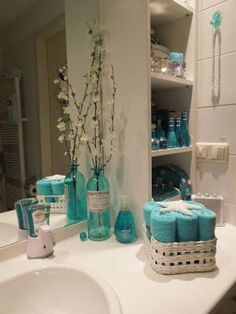 teal Bathroom Decor Were collecting 55 of our favored affordable washroom enhancing concepts for transforming your area from fundamental to trendy. See them all right here. del bao…More Beach Bathrooms, Bathroom Spa, Washroom, Bathroom Storage, Bathroom Ideas, Small Bathrooms, Girl Bathrooms, Attic Bathroom, Luxury Bathrooms