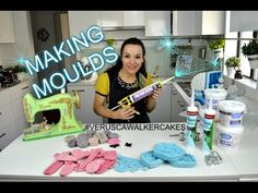 Making silicone moulds for fondant decorations Cake Decorating With Fondant, Fondant Decorations, Cake Decorating Techniques, Cake Decorating Tutorials, Craft Tutorials, Diy Fimo, Diy Resin Crafts, Polymer Clay, How To Make Silicone