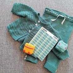 @johanne.vatle Crochet Bikini, Knitted Hats, Bikinis, Swimwear, Knitting, Fashion, Bathing Suits, Moda, Swimsuits