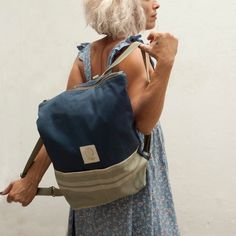Minimal bags for curious minds