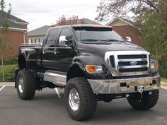 Another Ford made it on my list. This is a HUGE Ford F650 extreme pickup truck.