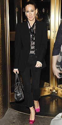 Who made Sarah Jessica Parker's black jacket, black jeans and shirt that she wore in New York?
